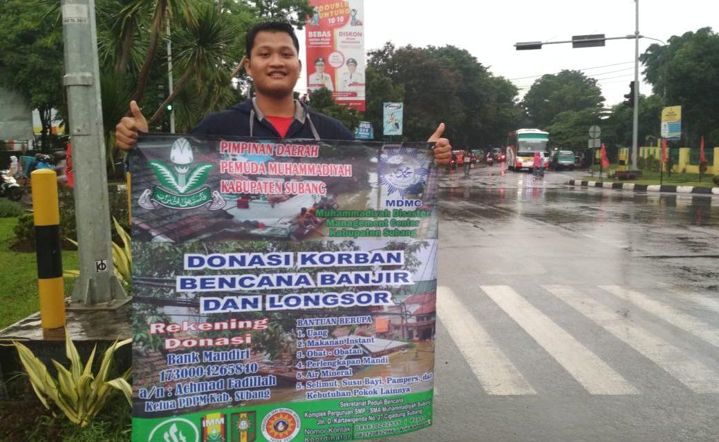 Angkatan Muda Muhammadiyah (AMM) Kabupaten Subang Bergerak Bantu Korban Banjir