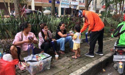 Gabungan Relawan Covid-19 Sebar Bantuan di Tiga Lokasi di Kabupaten Bogor