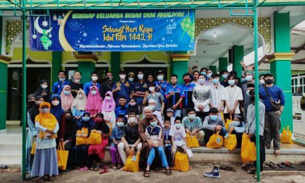 Sub Karang Taruna RW 04 Cileungsi Kidul Salurkan Donasi untuk Yatim